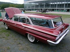1960 Pontiac Bonneville Safari
